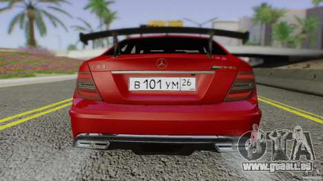 Mercedes Benz C63 AMG Black Series 2012 pour GTA San Andreas vue de côté