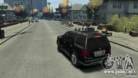 Lincoln Navigator pour GTA 4 est une gauche