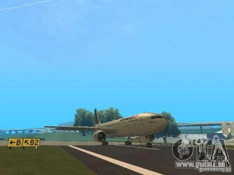 Airbus A300-600 Air France pour GTA San Andreas sur la vue arrière gauche