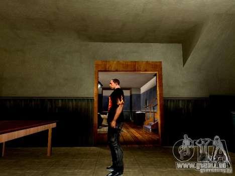 Schwarzes T-shirt mit einem Schädel für GTA San Andreas zweiten Screenshot