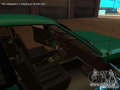 Moskvich 2141 pour GTA San Andreas salon