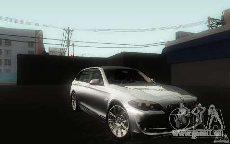 BMW F11 530d Touring pour GTA San Andreas vue de côté