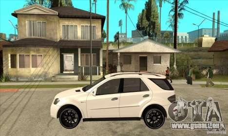 Mercedes-Benz ML 63 pour GTA San Andreas laissé vue
