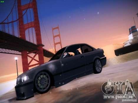 BMW M3 E36 320i Tunable pour GTA San Andreas sur la vue arrière gauche