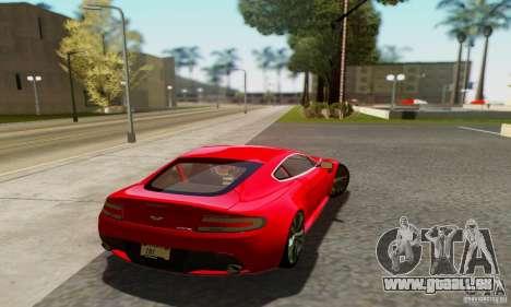 Aston Martin V12 Vantage pour GTA San Andreas vue de droite