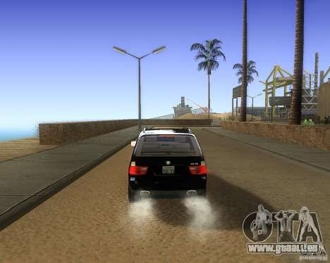 BMW X5 4.8 IS pour GTA San Andreas vue de droite