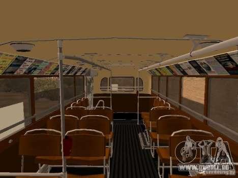Ikarus 60 pour GTA San Andreas vue intérieure
