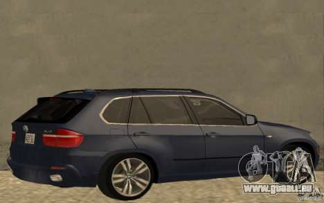 BMW X5 M 2009 pour GTA San Andreas sur la vue arrière gauche