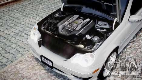 Mercedes-Benz C32 AMG 2004 pour GTA 4 est une vue de l'intérieur