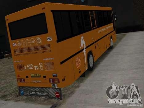MAZ 152 A pour GTA 4 Vue arrière de la gauche
