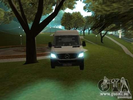 Mercedes Sprinter 311CDi beta pour GTA San Andreas sur la vue arrière gauche