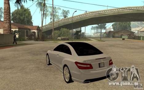 Mercedes Benz E-CLASS Coupe pour GTA San Andreas sur la vue arrière gauche