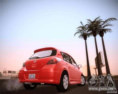 Nissan Versa Stock pour GTA San Andreas sur la vue arrière gauche