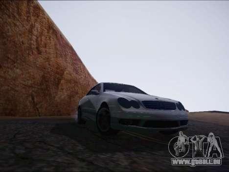 Mercedes-Benz CLK pour GTA San Andreas vue de droite