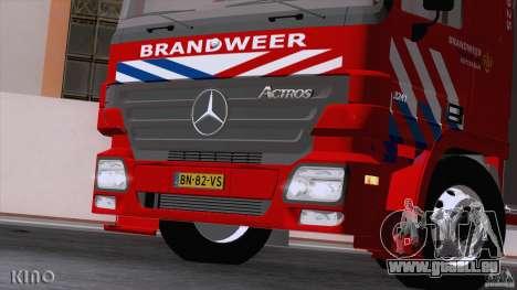 Mercedes-Benz Actros Fire Truck pour GTA San Andreas vue intérieure