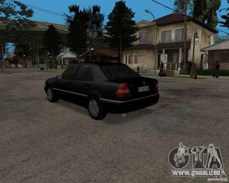 Mercedes-Benz C220 W202 1996 pour GTA San Andreas vue de droite
