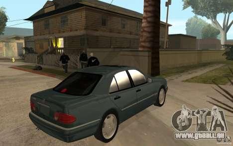Mercedes-Benz E420 W210 1997 pour GTA San Andreas vue de droite