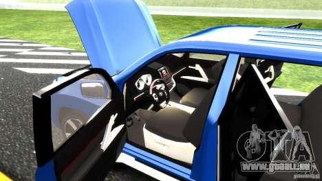 Toyota Land Cruiser 200 RESTALE pour GTA 4 est une vue de dessous