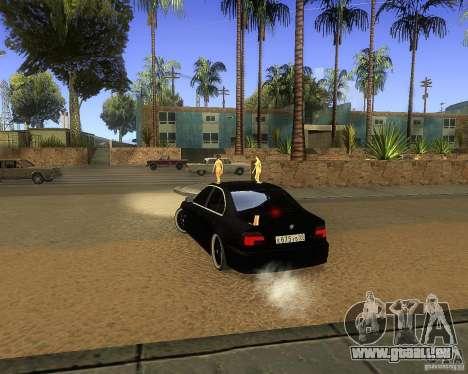 BMW 525i e39 pour GTA San Andreas sur la vue arrière gauche