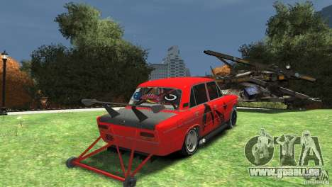 2103 VAZ au sol sous la traînée pour GTA 4