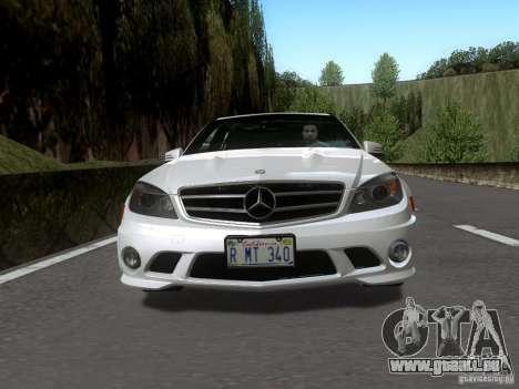 Mercedes-Benz C63 AMG 2010 pour GTA San Andreas sur la vue arrière gauche