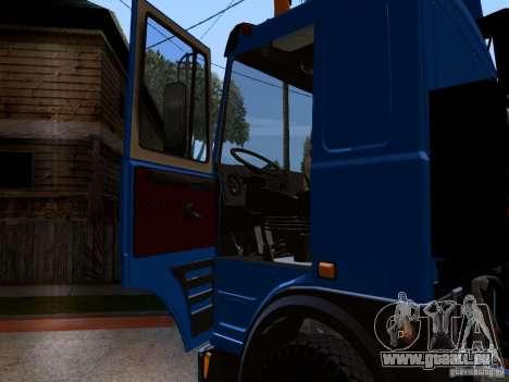 MAZ 642208 pour GTA San Andreas vue intérieure