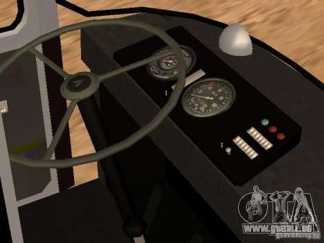 LAZ 695 pour GTA San Andreas vue de côté