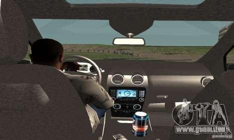 Mercedes-Benz ML500 pour GTA San Andreas vue arrière