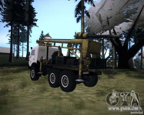 KAMAZ 43118 rig pour GTA San Andreas laissé vue