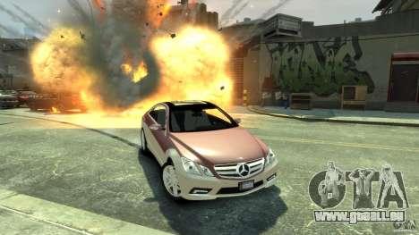 Mercedes-Benz E 500 Coupe V2 pour GTA 4