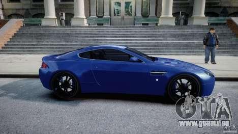 Aston Martin V8 Vantage V1.0 pour GTA 4 est une vue de l'intérieur