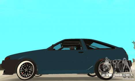 Toyota Sprinter pour GTA San Andreas sur la vue arrière gauche