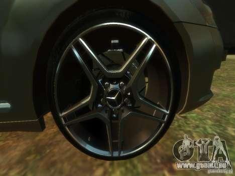 Mercedes-Benz W221 S500 für GTA 4 Rückansicht