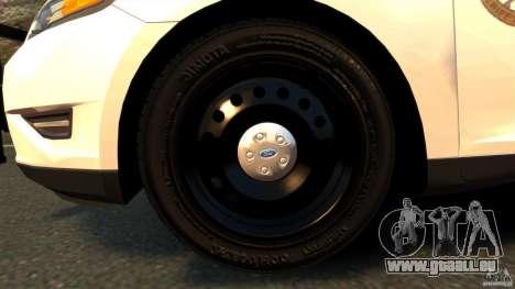 Ford Taurus 2010 CCSO Police [ELS] pour GTA 4 est une vue de l'intérieur