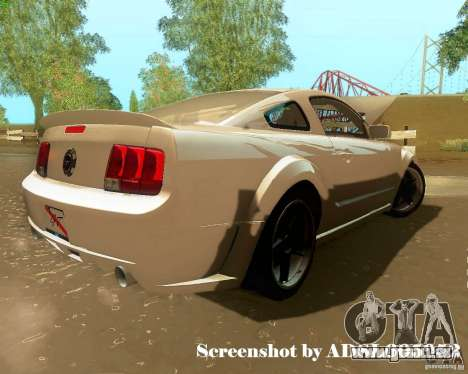 Ford Mustang GT 2005 Tunable pour GTA San Andreas salon