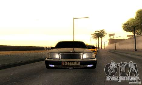 Mercedes-Benz W124 E420 AMG pour GTA San Andreas vue arrière