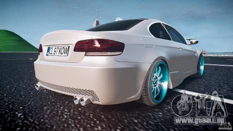 BMW E92 pour GTA 4 est une vue de dessous