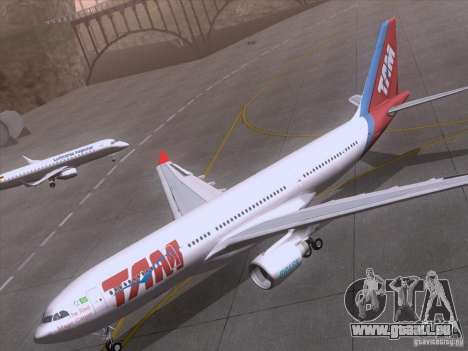 Airbus A330-223 TAM Airlines für GTA San Andreas Seitenansicht