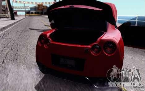 Nissan GTR 2011 Egoist (version avec la saleté) pour GTA San Andreas vue de droite