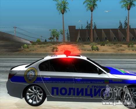 BMW M5 E60 Police pour GTA San Andreas vue de droite