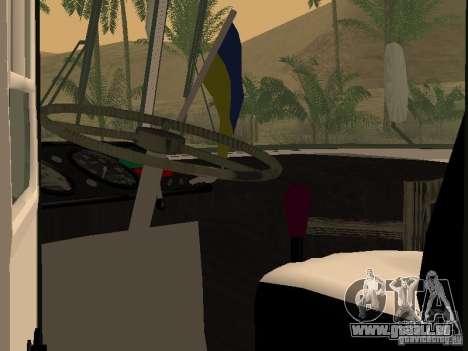 LAZ 695 für GTA San Andreas Innenansicht