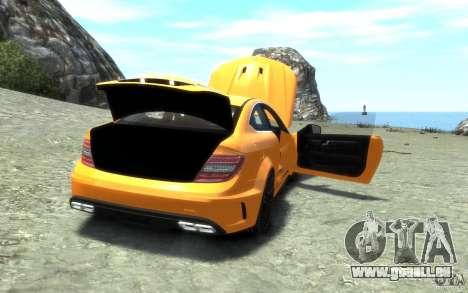 Mercedes-Benz C63 AMG 2012 für GTA 4 Unteransicht