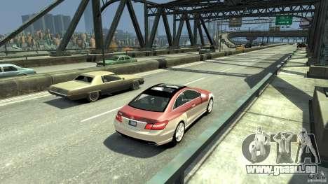 Mercedes-Benz E 500 Coupe V2 pour GTA 4 Vue arrière de la gauche