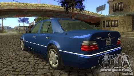 Mersedes-Benz E500 pour GTA San Andreas vue arrière