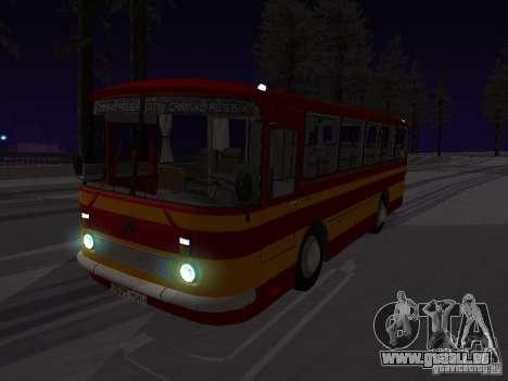 LAZ 697N für GTA San Andreas