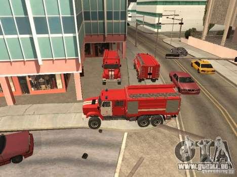 Camion de pompier ZIL pour GTA San Andreas laissé vue