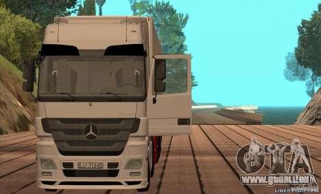 Mercedes-Benz Actros MP3 pour GTA San Andreas sur la vue arrière gauche