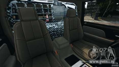 Chevrolet Tahoe LCPD SWAT pour GTA 4 est une vue de l'intérieur