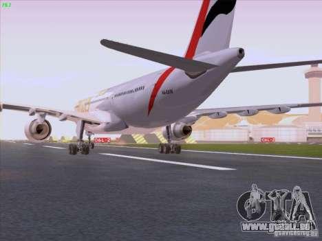 Airbus A330-200 Emirates pour GTA San Andreas vue de droite