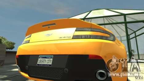 Aston Martin V12 Vantage 2010 pour GTA 4 Vue arrière